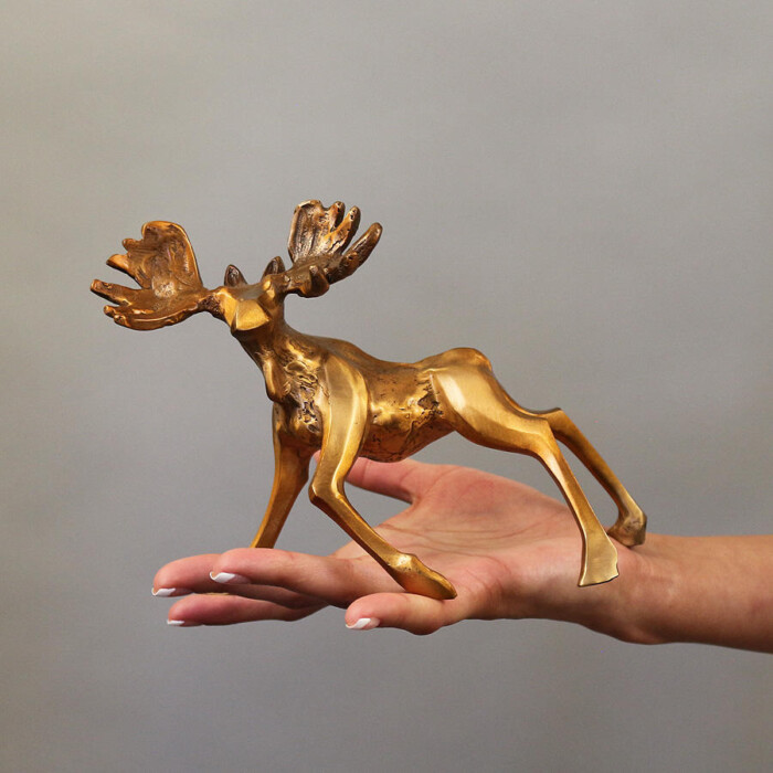 Small Moose Sculpture
